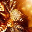 Golden Christmas tree decoration — Stock fotografie