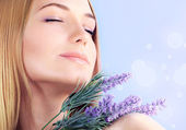 Lavender spa aromatherapy — Stock Photo