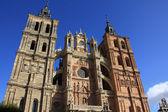 Detaljer för den berömda katolska katedralen i astorga, spain — Stockfoto