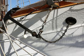 Podrobnosti o krásné staré dřevěné plachetnice — Stock fotografie