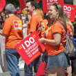 Young At Gay Pride Holding Signs For Same Sex Marriage — Stock Photo #8313459