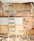 Débris de démolition dans l'aménagement intérieur de cuisine — Photo