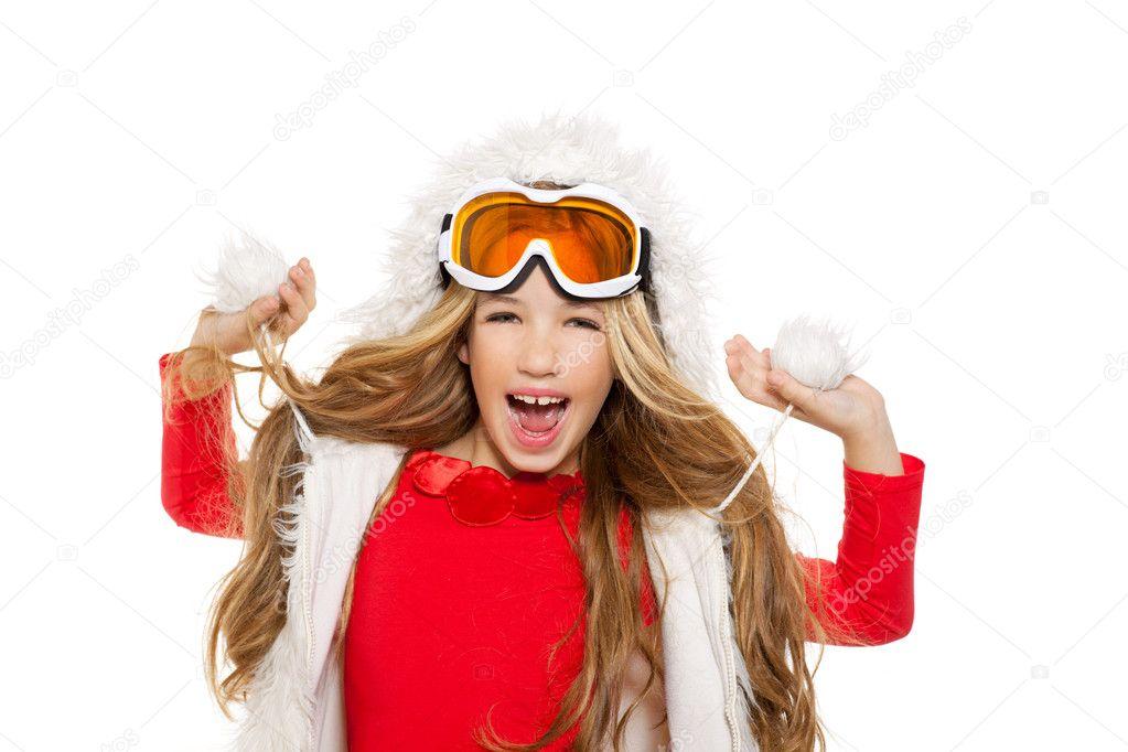красивых блондинок в очках зимой