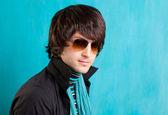 British indie pop rock look retro hip young man — Stock Photo