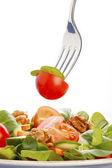 салат на вилке — Стоковое фото
