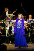 Singer Monica Mosser and Orchestra — Foto Stock