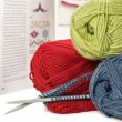 Yarn needles pattern and knitting on white — Stockfoto