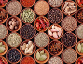 Seamless texture of spices on black — Stock Photo