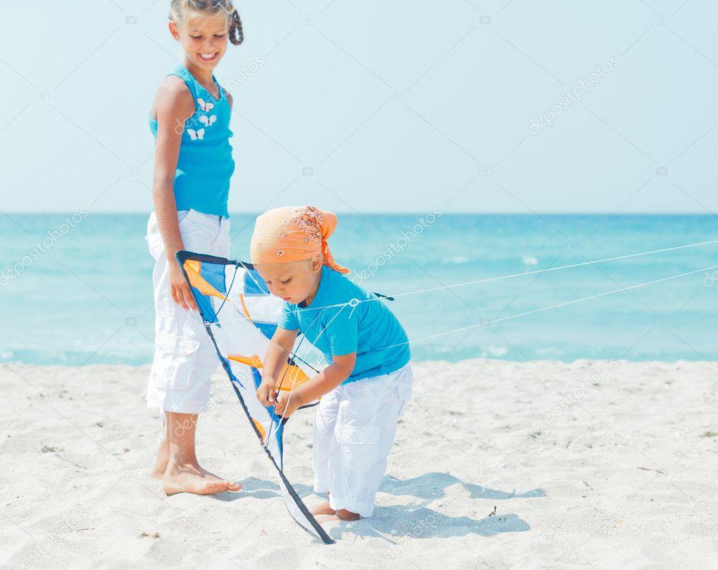 筝与他妹妹的小可爱男孩