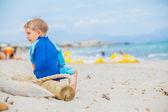 Boy on beach vacation — Stock Photo