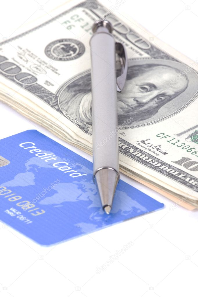 Credit card and pen — Stock Photo #9012882