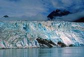 Blue ice against the Sky — Stock Photo