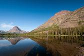Mountains around an Alpine Lake — Stock Photo