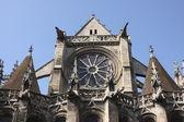 Gisors にある古い教会。フランス — ストック写真