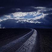 Camino en la noche — Foto de Stock