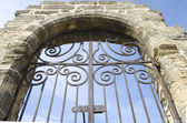 Great medieval gate — Stock Photo