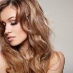 kręcone włosy — Zdjęcie stockowe