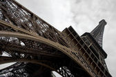 Eiffel tower at wide angle. — Stock Photo
