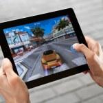 Play Asphalt 6 on Apple Ipad2 — Stock Photo #8039071