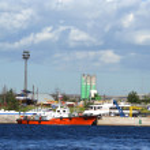 Embankment of the Neva river, St.Petersburg — Stock Photo #8352220