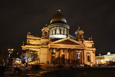 St. Isaak'c Cathedral at night — Stock Photo