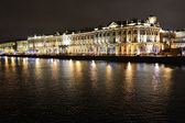 The State Hermitage Museum and Neva at night — Stock Photo