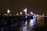 サンクト ・ ペテルブルクの夜パレス ブリッジ — ストック写真