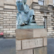 Foto de Stock  : Edinburgh city - statue on Royal Mile.