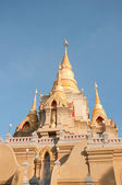 Thai temple pagoda — Stock Photo