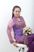 紫色のイスラム教徒のドレス - banduang でアジアのタイの女性 — ストック写真