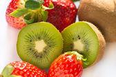 Kiwi and strawberry on white background — Stock Photo