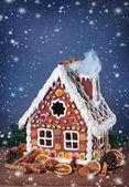 Homemade gingerbread house — Stock Photo