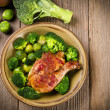 Chicken's thigh in the vegetable — Stock Photo #9382520