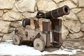 Antique cannon in the grounds of Castle in Lviv, Ukraine — Stock Photo