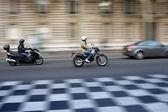 Traffic in paris — Stock Photo