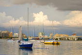 Boats in Harbor Under Cloudy Skies — Stock Photo