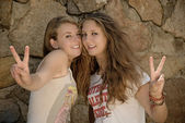 Two Girls V sign — Stock Photo