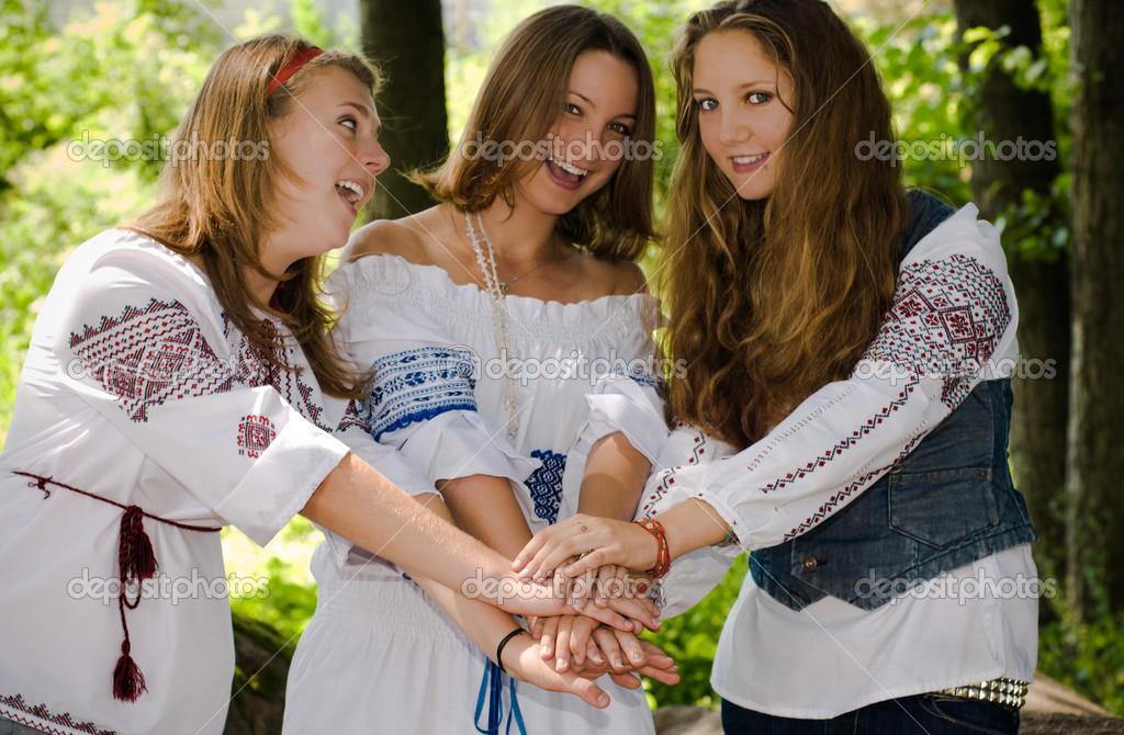 Three Ethno Beauty teens having fun — Stock Photo #10476642