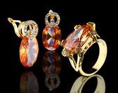 Golden jewelry set — Stock Photo