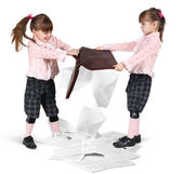 Little twin girls fighting — Foto Stock