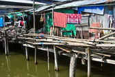 Fishermans hut in Koh Samet on the water — Stock Photo