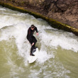 Surfing on river ISAR in Munich, Germany. — Stock Photo #8593119