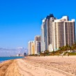 Beach at Sunny Islands, miami early morning — Stock Photo