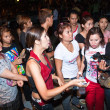 Police tries to calm down demonstrants - vendors of Patpong Nigh — Zdjęcie stockowe