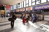 Are checking in at viennas Airport — Stock Photo