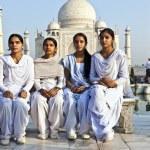 Indian visit Taj Mahal in India — Stock Photo #8898150
