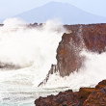Coast at Los Hervideros with huge waves in Lanzarote — Stock Photo