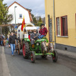 The carnival Parade moves through the city anmd the tractor ha — Stock Photo