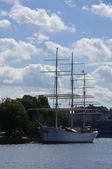 """Historical sailing vessel """"Af Chapman"""" moored at the dock of Skeppsholmen island, Stockholm — Stock Photo"""