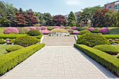 Manicured garden around the tomb — Stock Photo